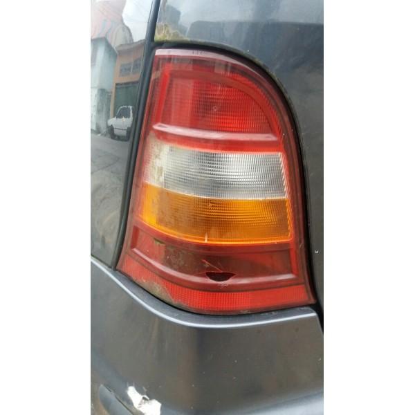 Lanterna Mercedes Benz Classe A  Quebrada