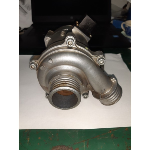 Bomba D Água Bmw X1 2011/2012/2013/2014/2015 Turbo