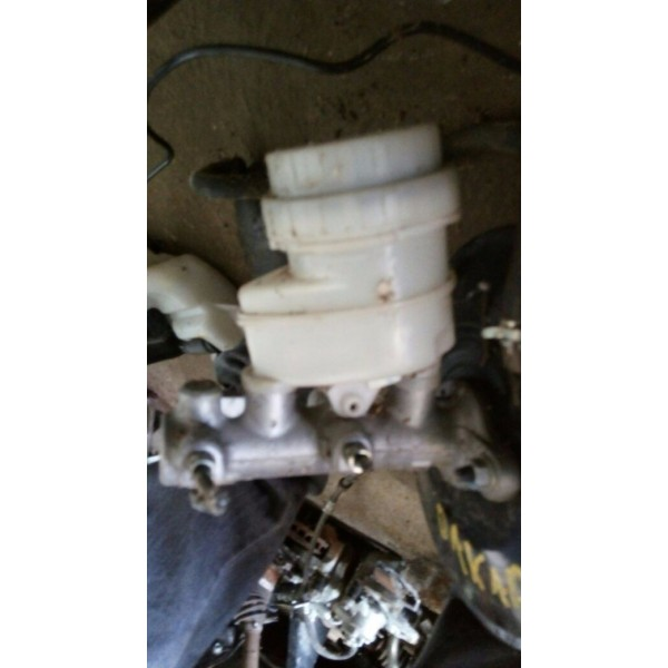 Cilindro Mestre Mitsubishi Triton/dakar - Planeta Motor