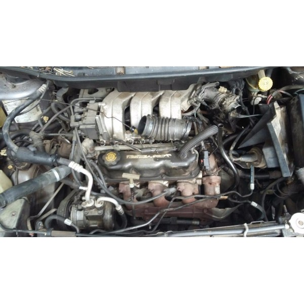 Sucata Chrysler Gran Caravan Ano 96 Para Peças Planeta Motor