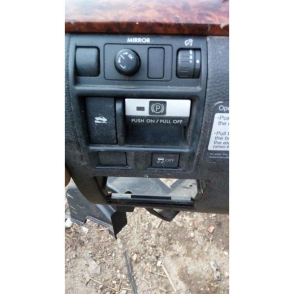 Botão Do Acionamento Do  Freio De Mão Subaru  Legacy Ano 10